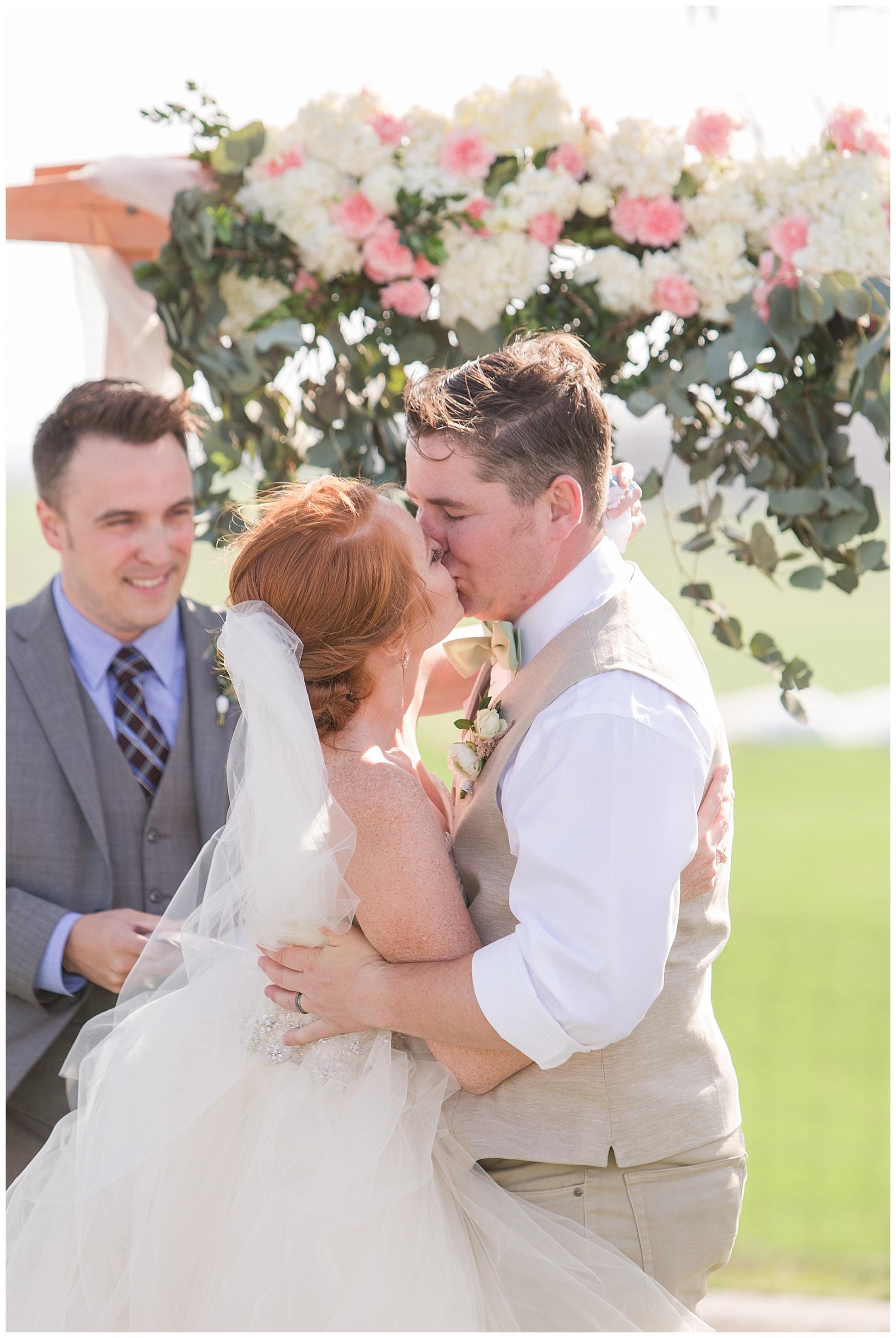 On the Sunny Slope Farm Wedding || Harrisonburg, Virginia Wedding Photographer || Lynchburg VA Photographer