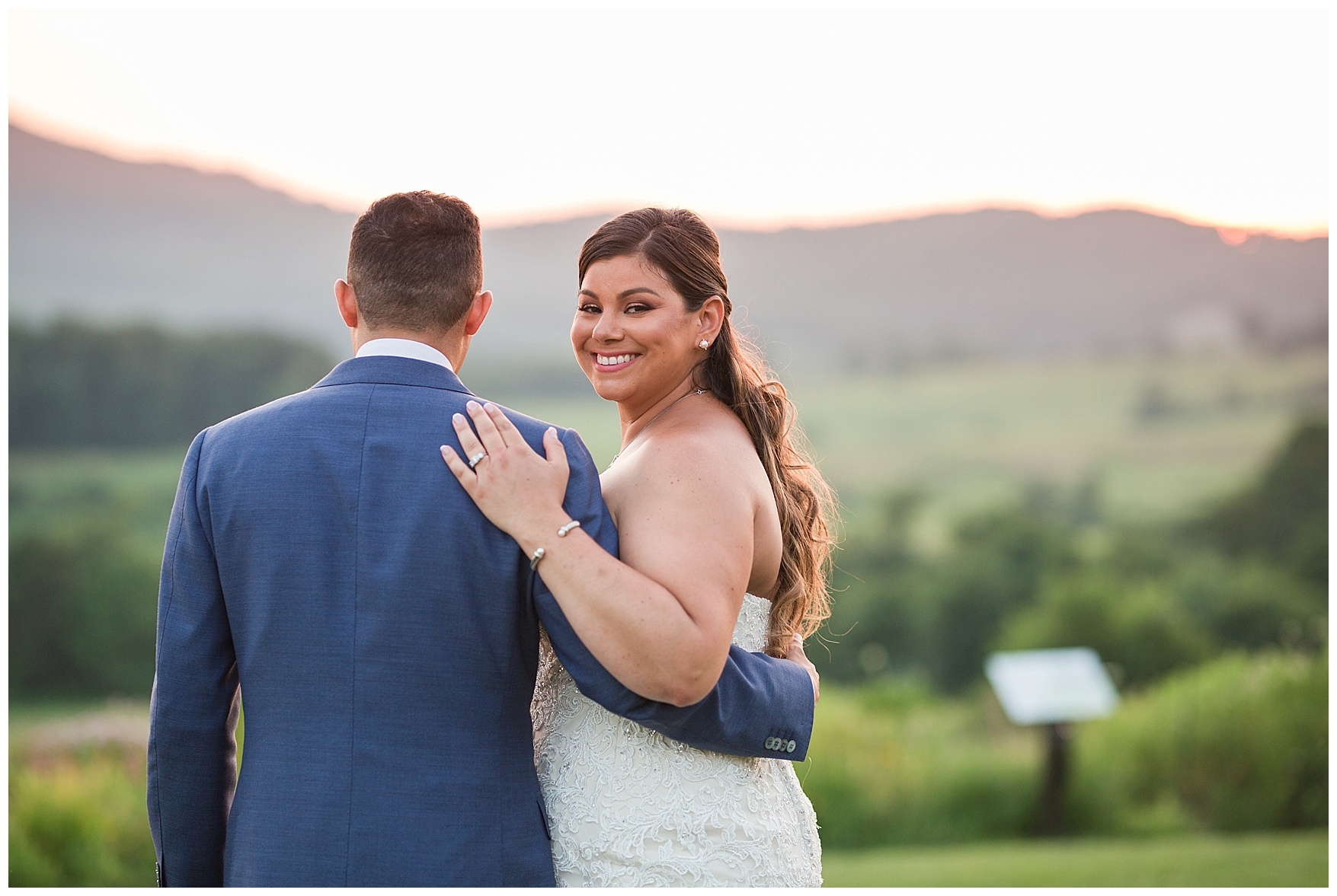Pippin Hill Farm & Vineyard Wedding in Charlottesville, Virginia || Lynchburg and Charlottesville Wedding Photographer || Summer vineyard wedding in Central Virginia