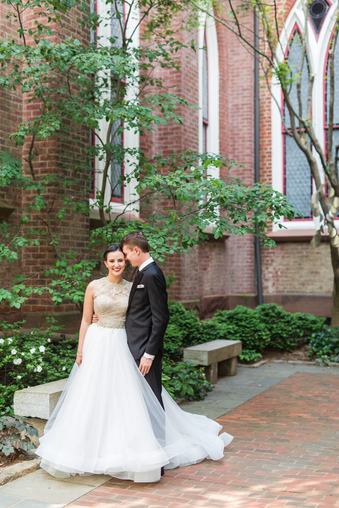 John Marshall Ballrooms Wedding in Richmond, VA || Lynchburg, Charlottesville, and Richmond Wedding Photographer || www.ashleyeiban.com