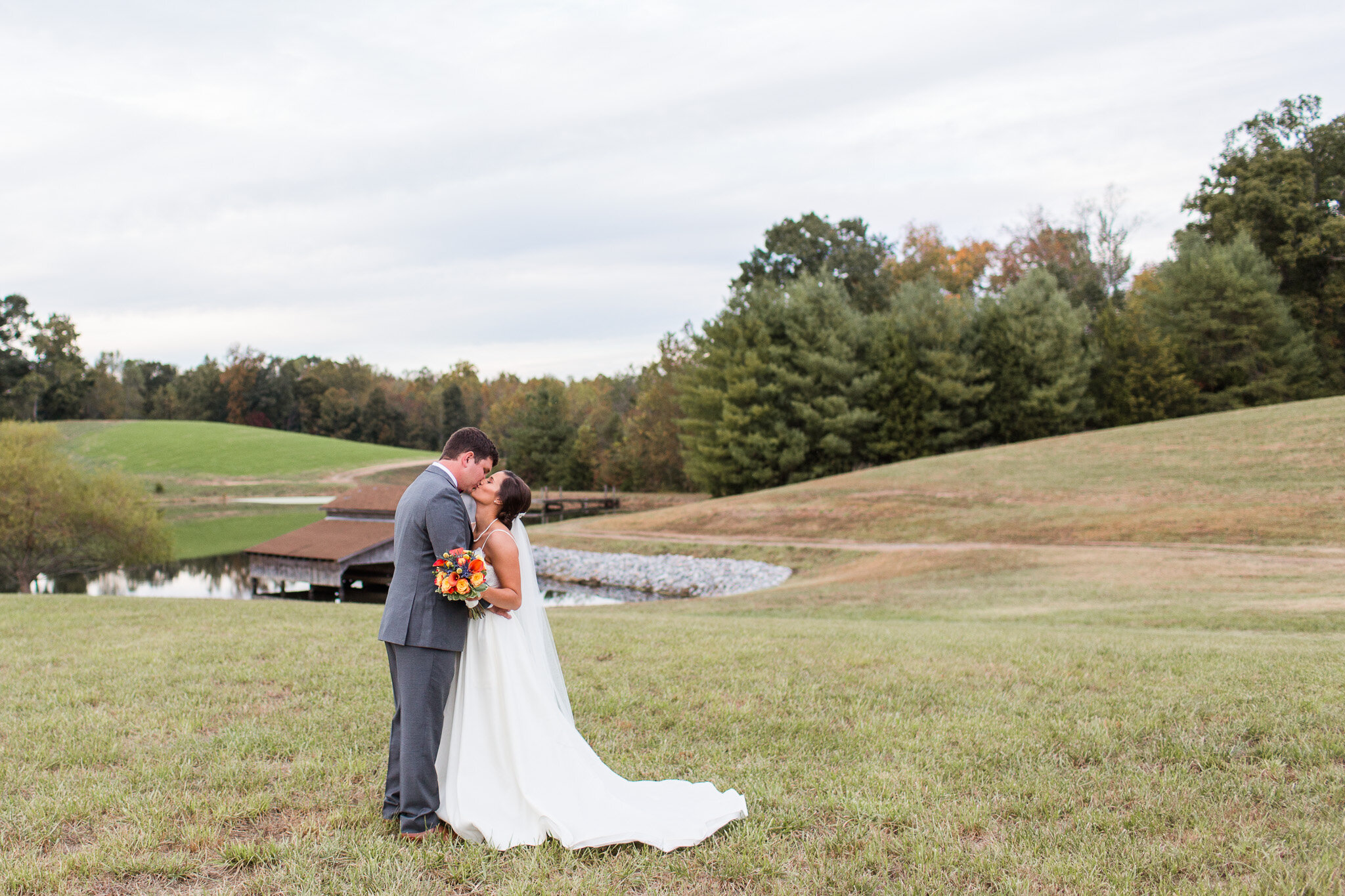 Fall Backyard Wedding in Charlotte Court House in Central Virginia || Lynchburg, VA Wedding Photographer