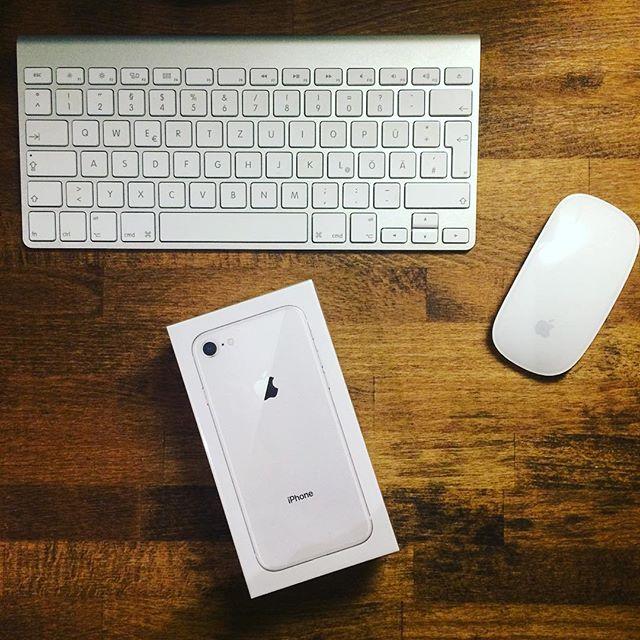 ✌🏼5S darf endlich in den verdienten Ruhestand  #iphone8 #newborn #apple #schönertischgebrauchtbeishpock