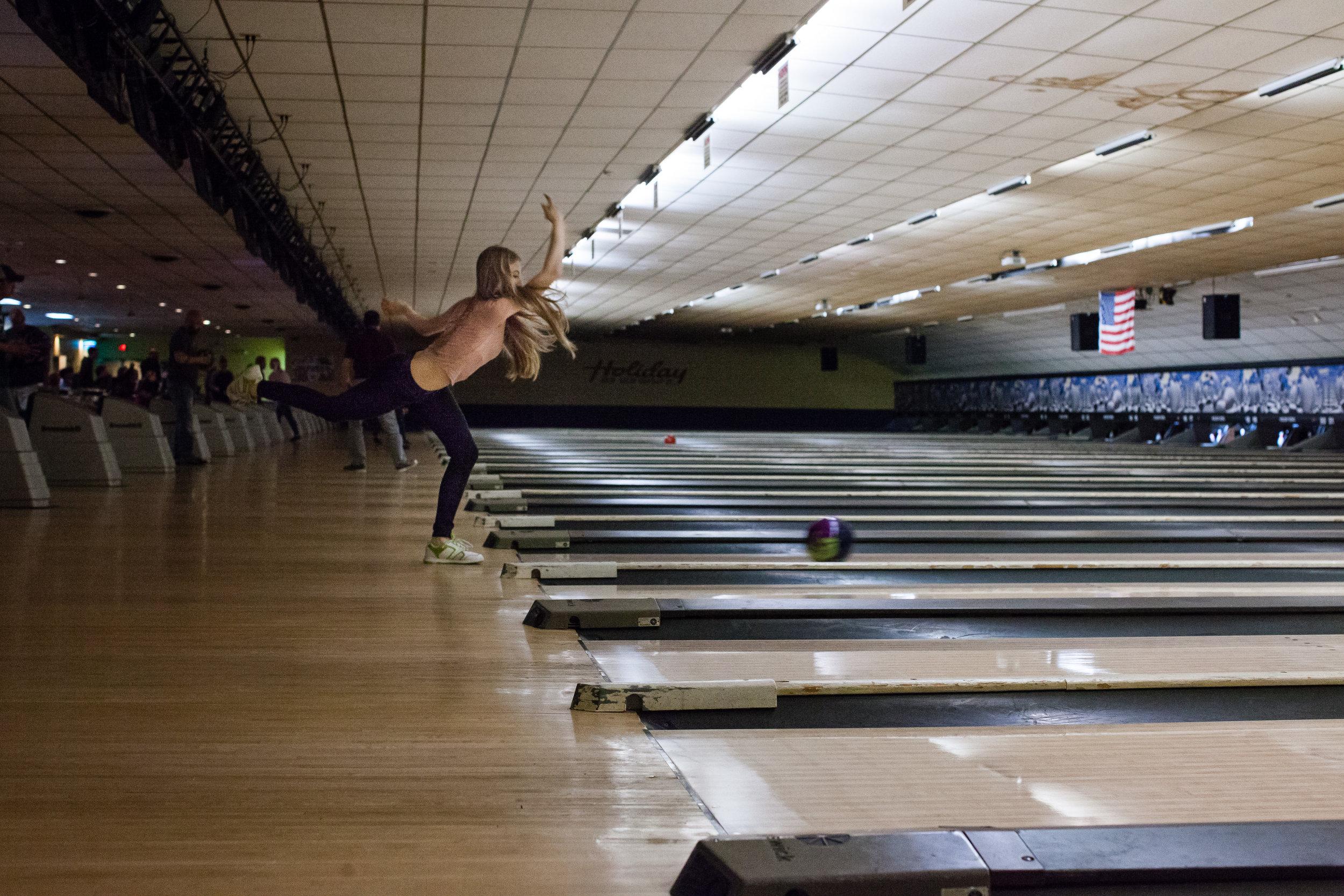 Blonde Bowler, Holiday Bowl, Altoona, PA