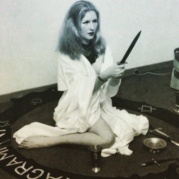 #mood  Maxine Sanders, Power of the Witch