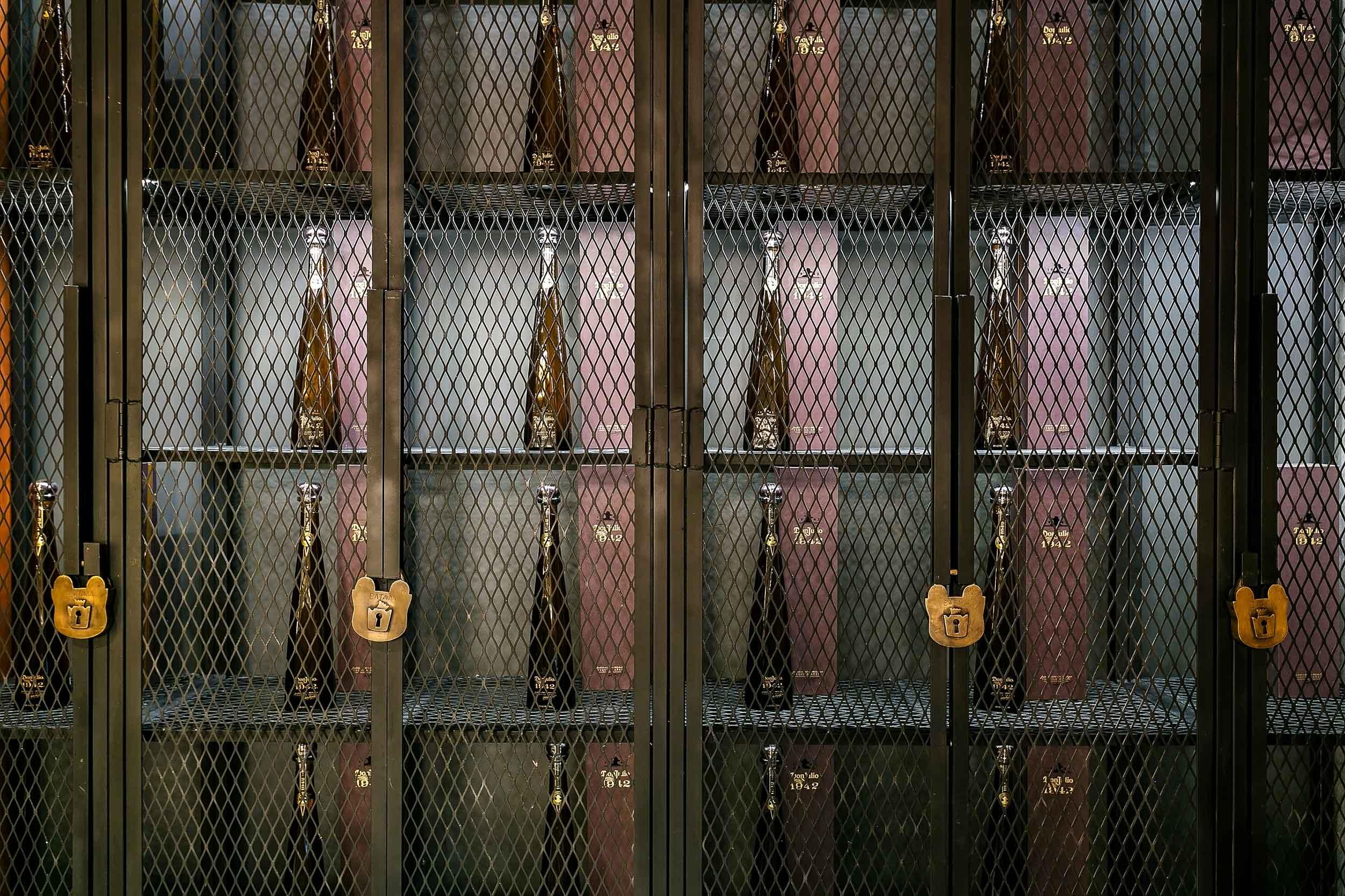 archillusion-design-melrose-station-restaurant-bar-bottle-cage-storage.jpg