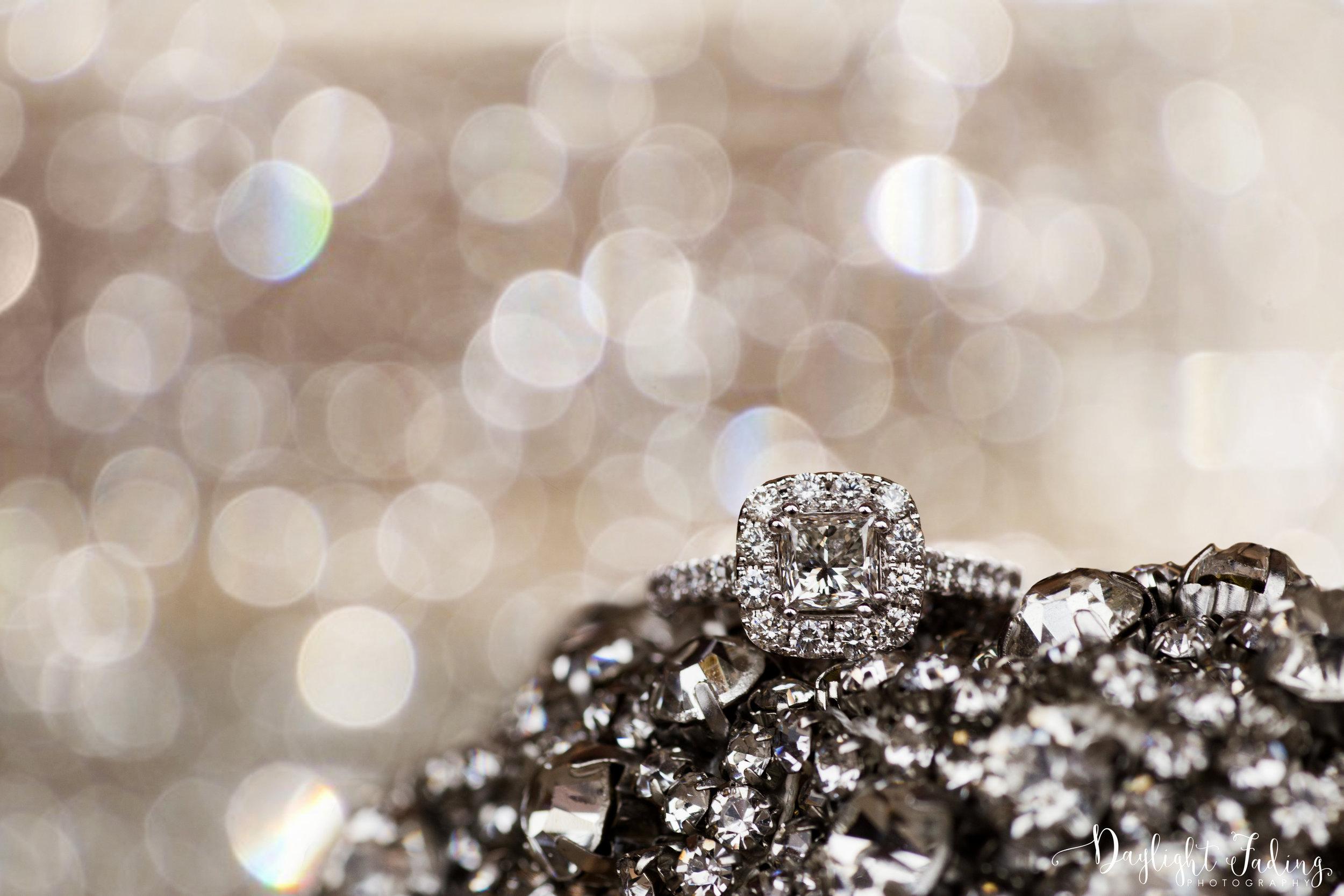 Engagement Ring Photography in Shreveport, Louisiana - daylightfadingphotography.com