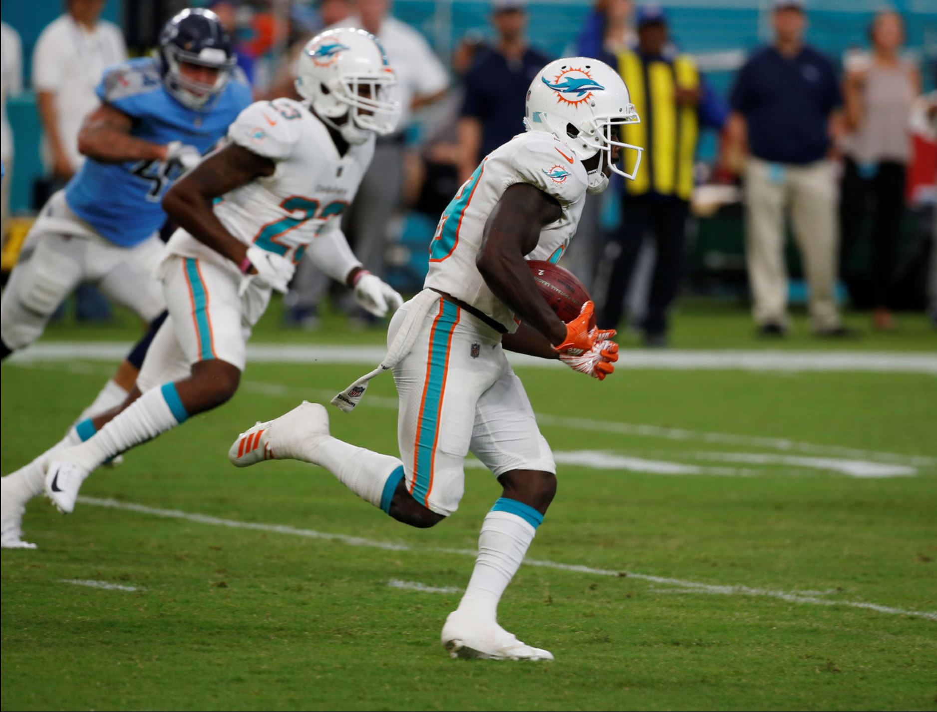 Miami Dolphins Tennessee Titans
