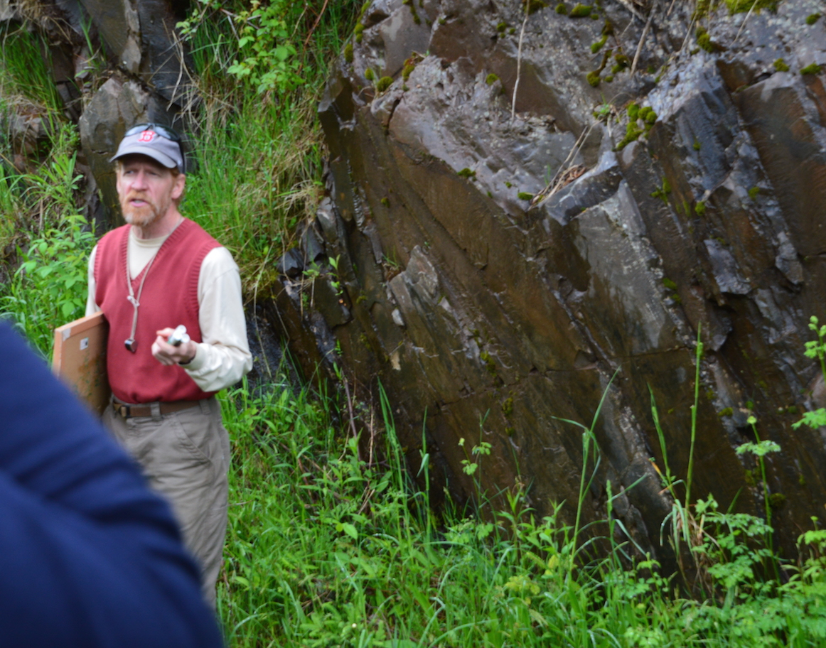 Northland College GeologyProfessor Tom Fitz tells Leaguers about the geology of the Penokee Hills.