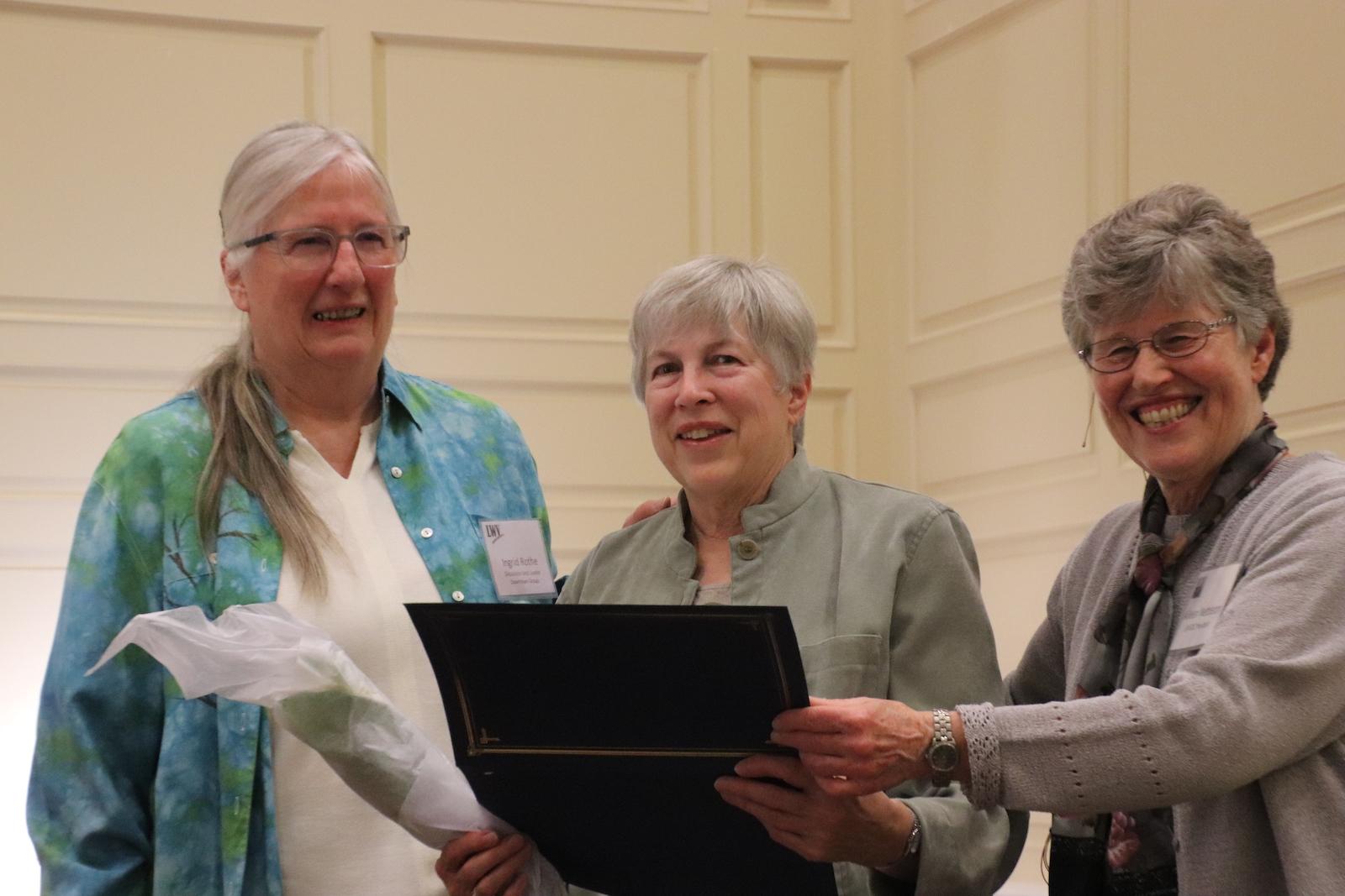 Award winners Ingrid Rothe, Kathleen Fullin, and current President, Aileen Nettleton. Photo credit: Al Nettleton