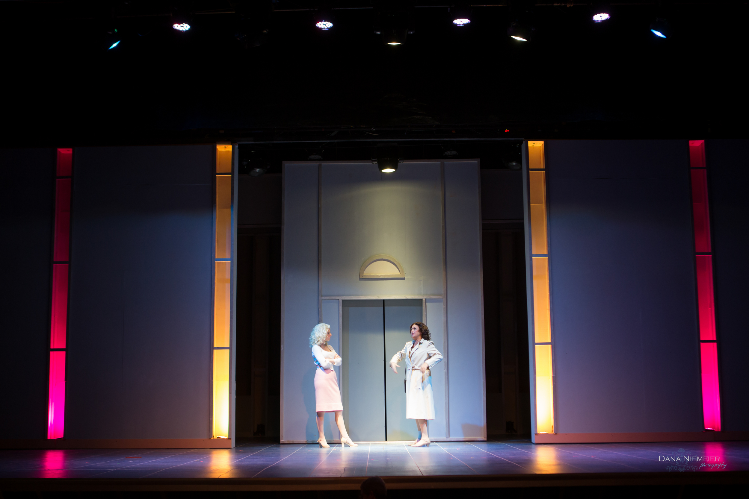 9 to 5: the Musical -Scenic and Lighting Design