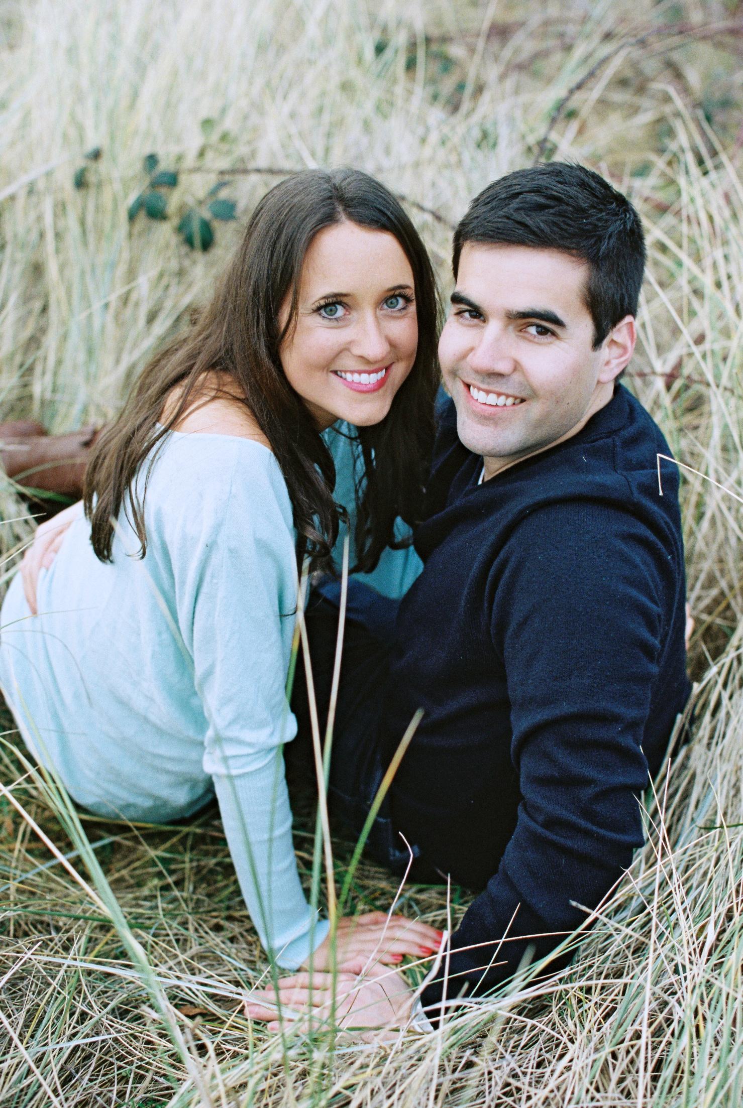 seattle engagement wedding photographer discovery park seattle film photographer