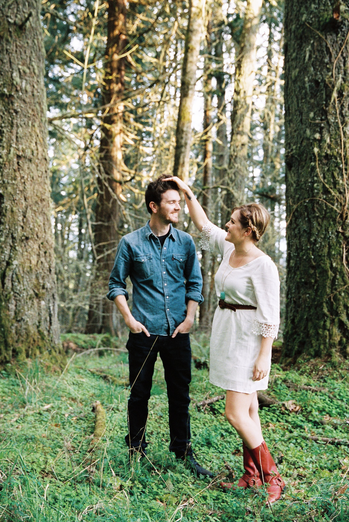 seattle wedding photographer engagement photo photos eugene oregon spenders butte woods trees grass light sunlight sun film photographer