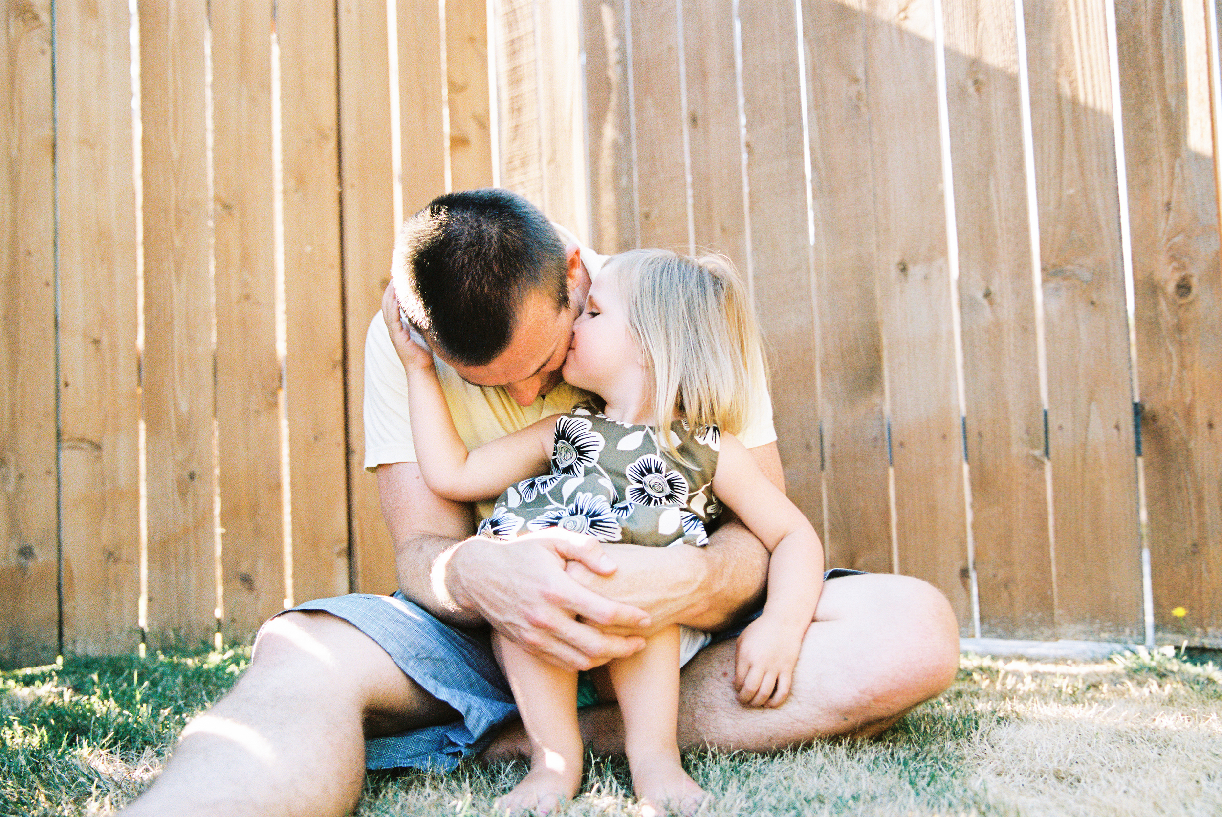 seattle newborn family photographer film photography family home natural light baby kodak portra 400 portrait