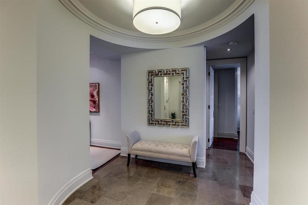 Foyer.jpg