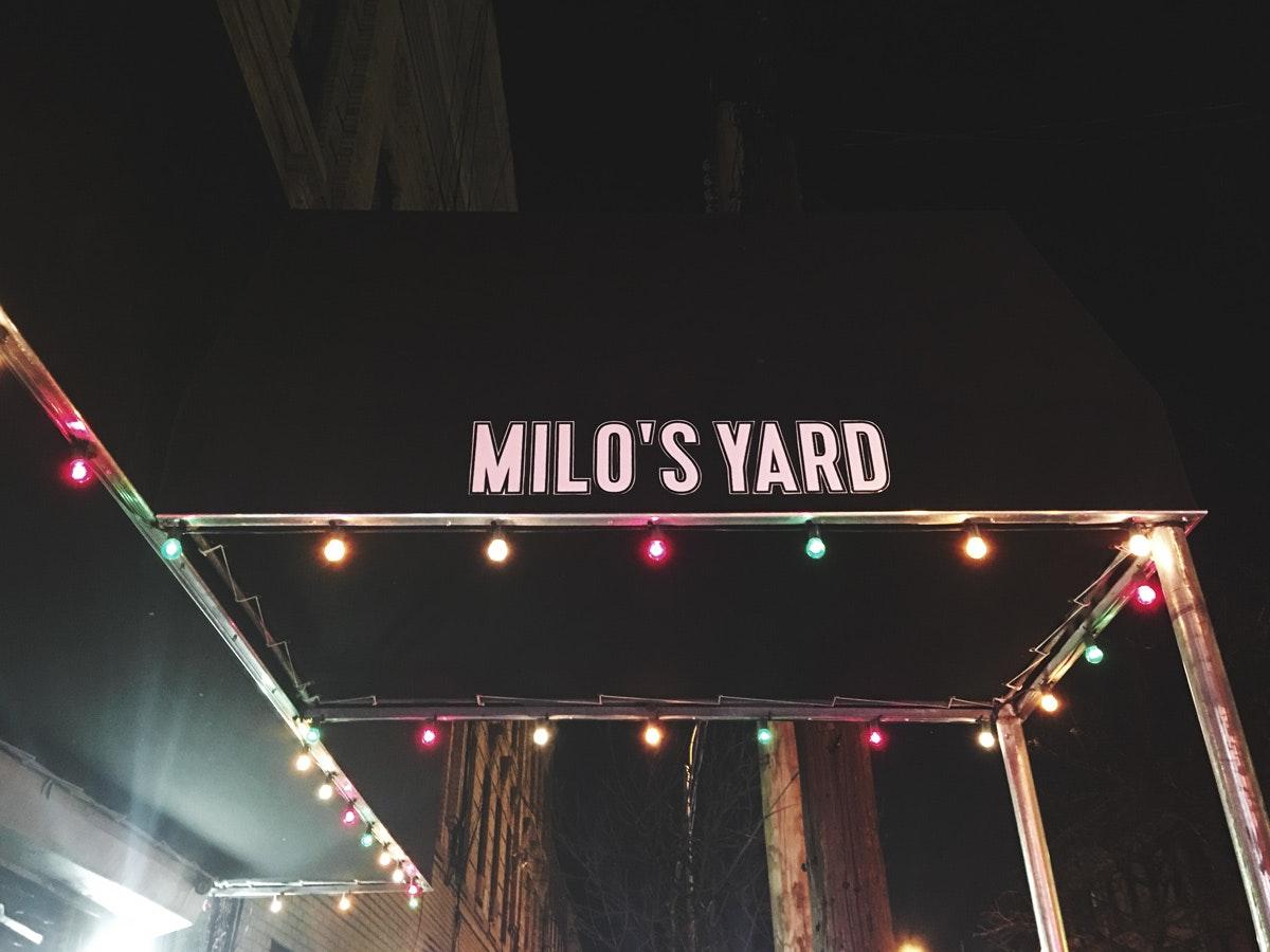 Milos-Yard_01_FW.jpg