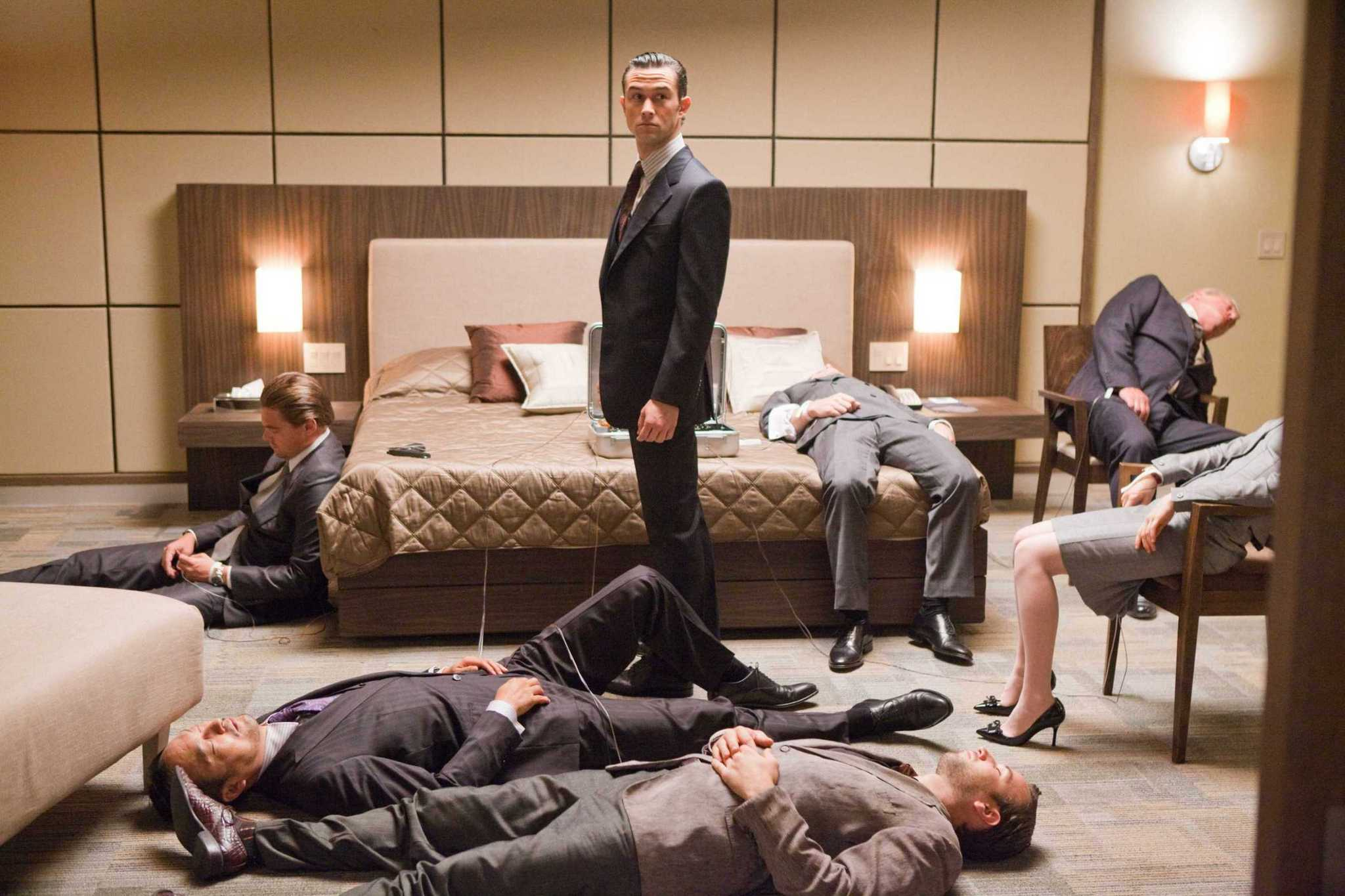 Remember this awesome momentfrom Inception? Nothing cool like this exists in Dream Heist.