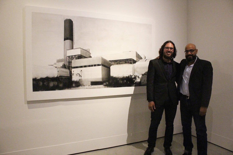 Castro Barreto junto al artista Gamaliel Rodríguez en Contemporánea Internacional.