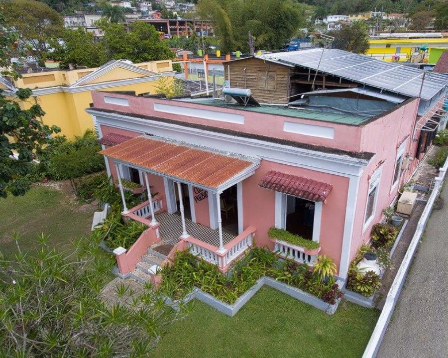 Casa Pueblo en Adjuntas. Fotos tomadas del internet.