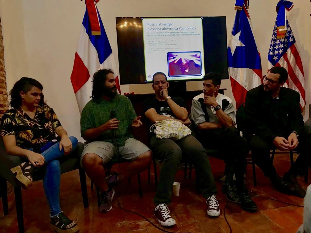 Cecilia Moltoni, José Carlos Oviedo, Manuel Betances, Darío Morales y Fernando Quintero.