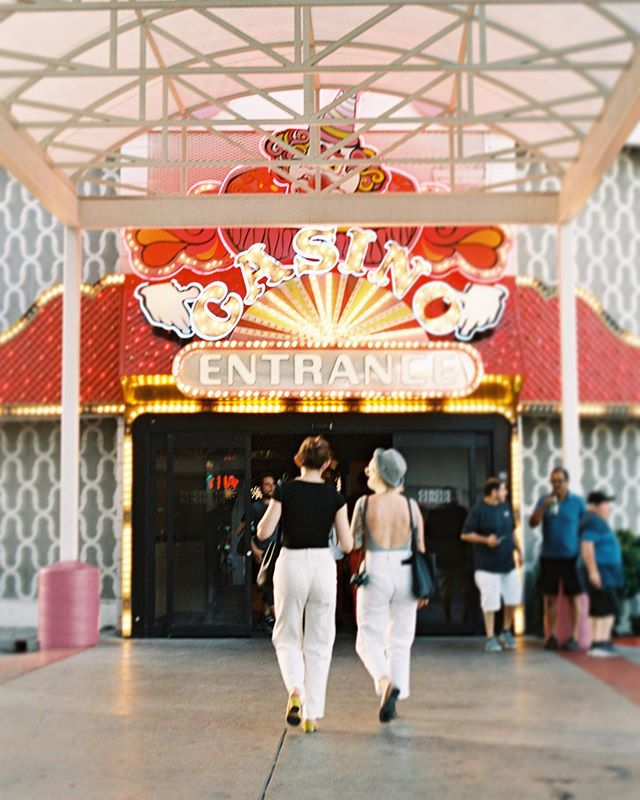 Leave it to Vegas to ruin a perfectly good casino entrance with an ugly awning 💔 someone hire me to help this property, they don't know the gem they're holding! @circusvegas #pentaxk1000 #filmisalive #filmisbetter #circuscircus