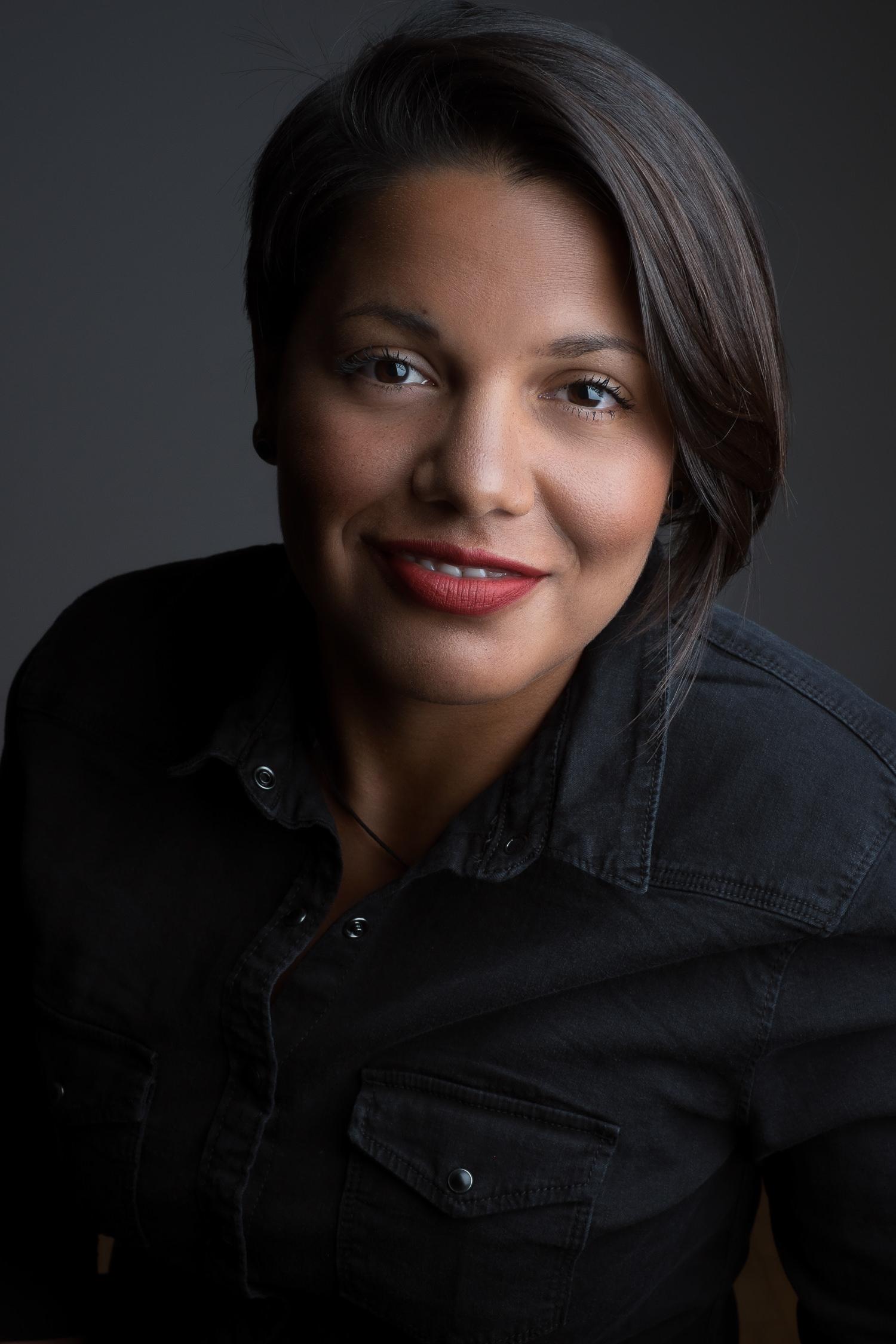 diana-valencia-amsterdam-headshot-portrait-portret-bedrijf-zakelijk-mark-hadden-photographer-fotograaf-105.jpg