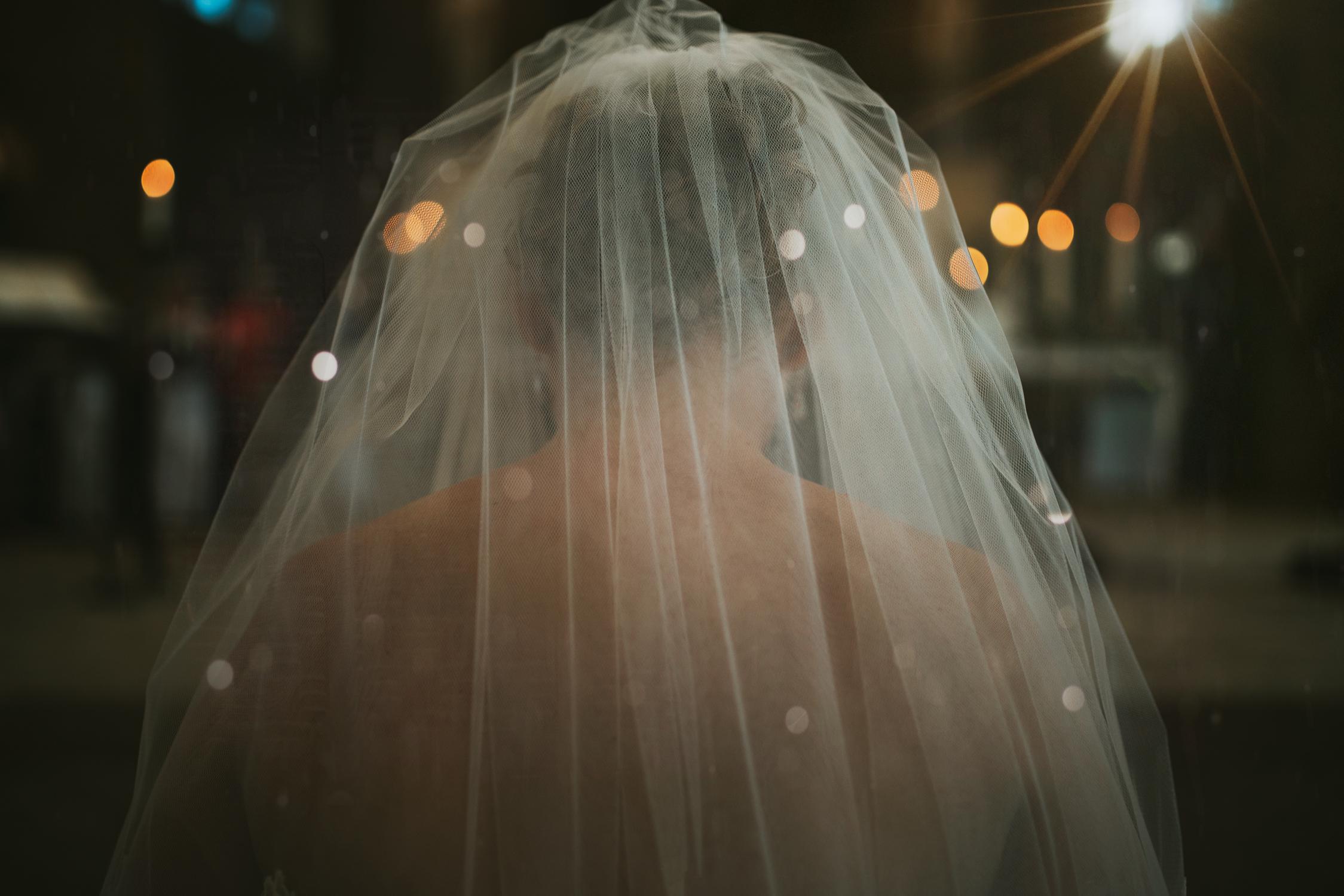 trouwjurk door bruidsfotograaf mark hadden uit amsterdam