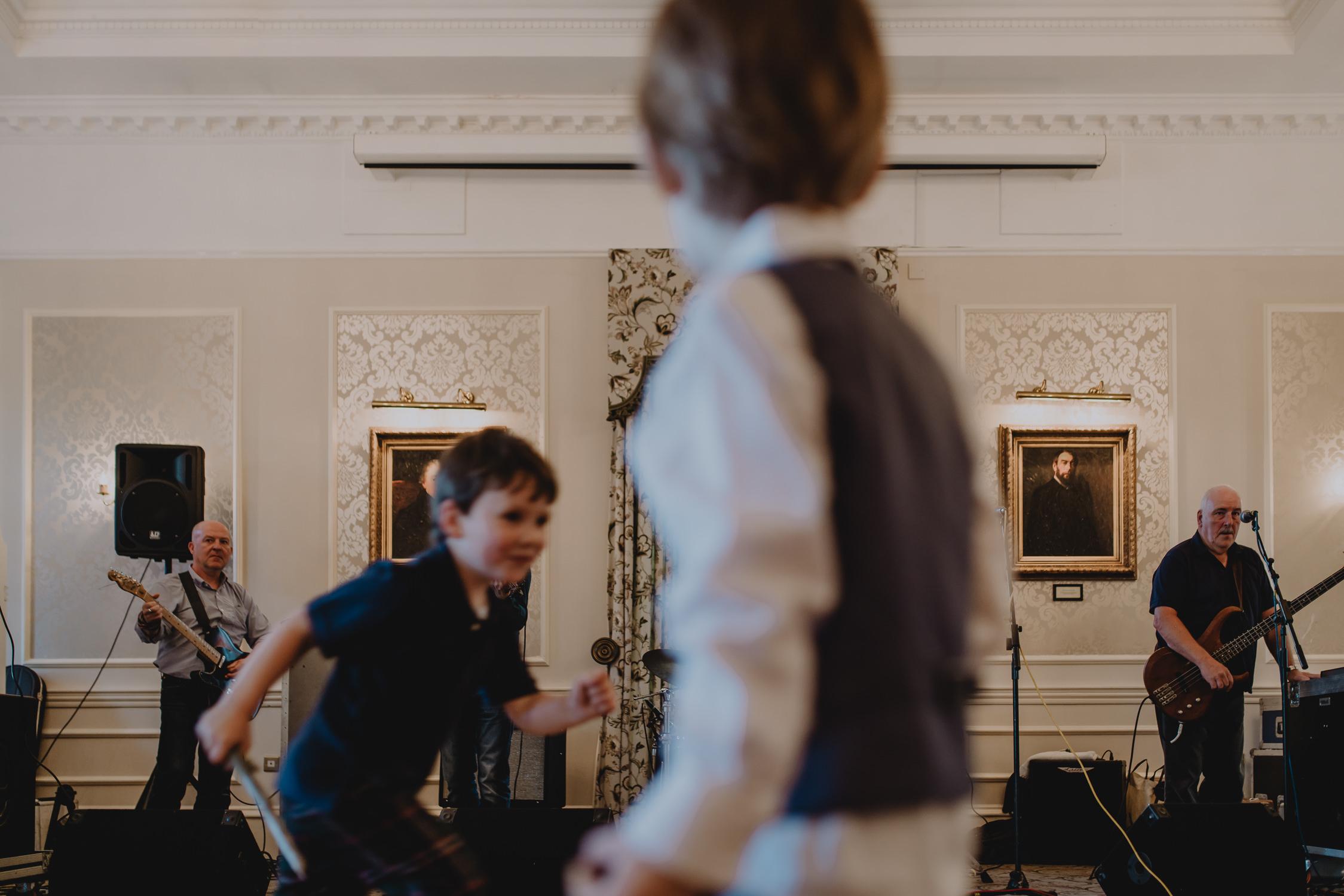 bruidsfotografie-amsterdam-utrecht--aberdeen-mark-hadden-wedding-photography-lynne-steve-251.jpg