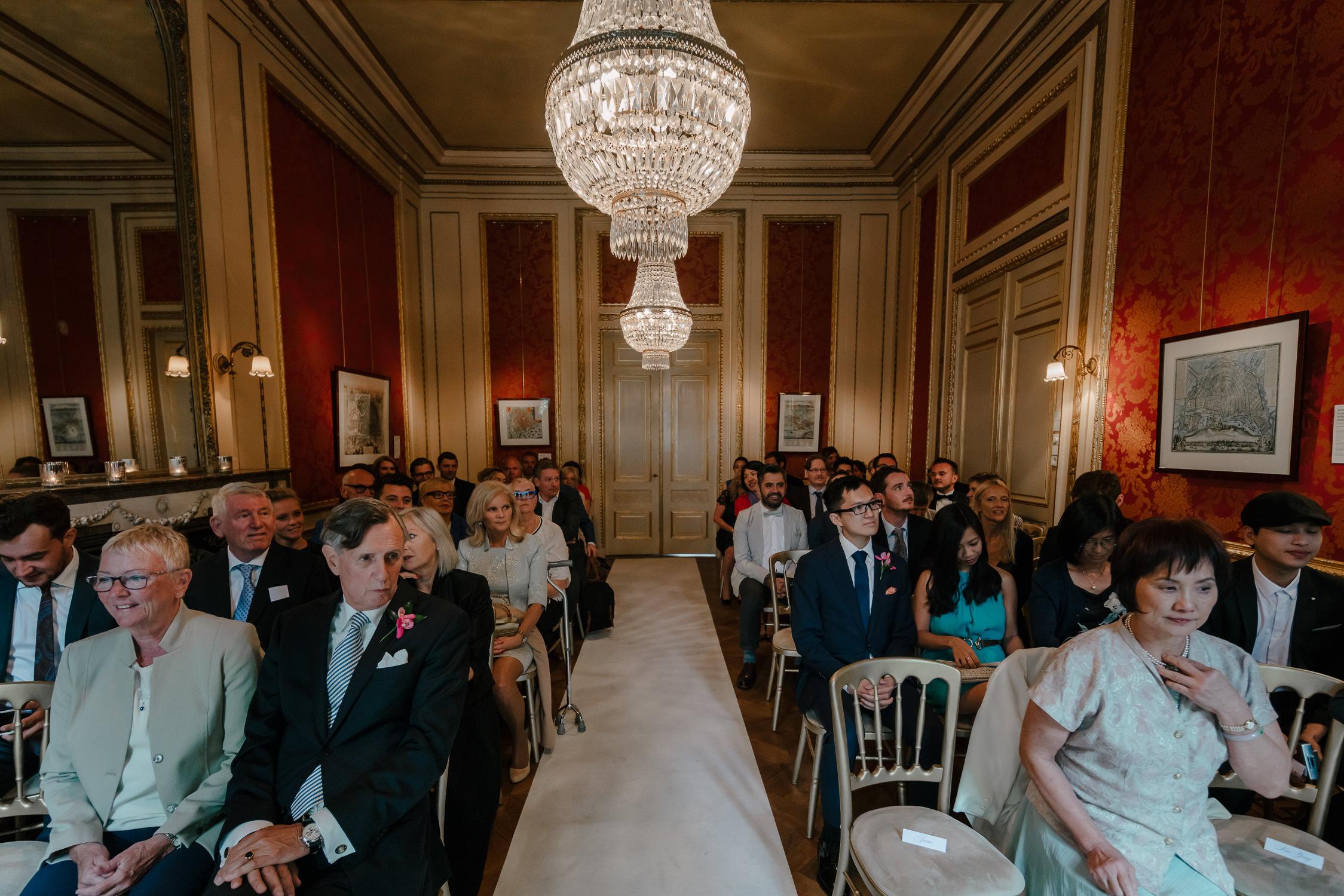 bruidsfotografie-amsterdam-utrecht-mark-hadden-wedding-photography-mike-helen-062.jpg