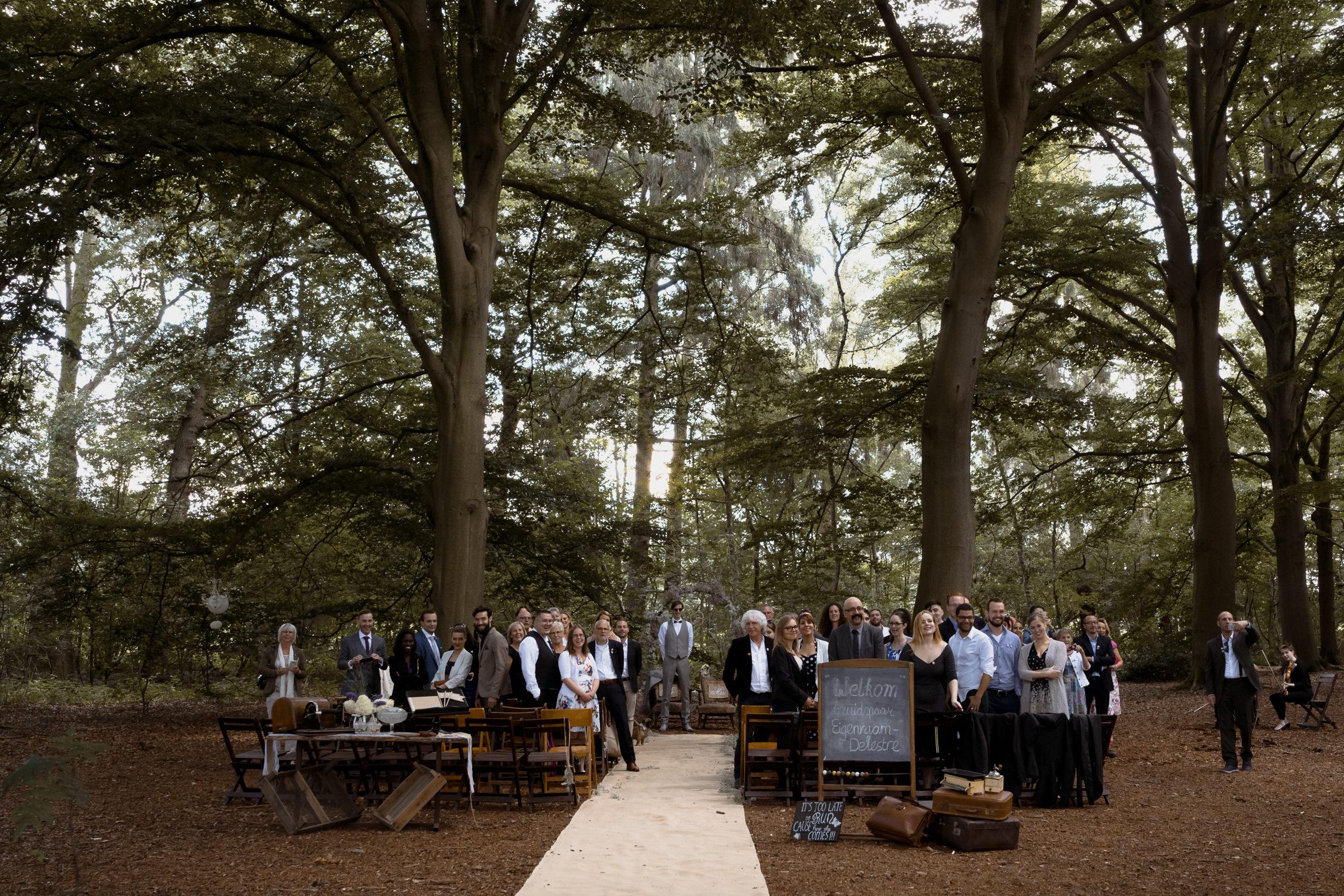 wedding in the forest near leusden by mark hadden amsterdam wedding photographer