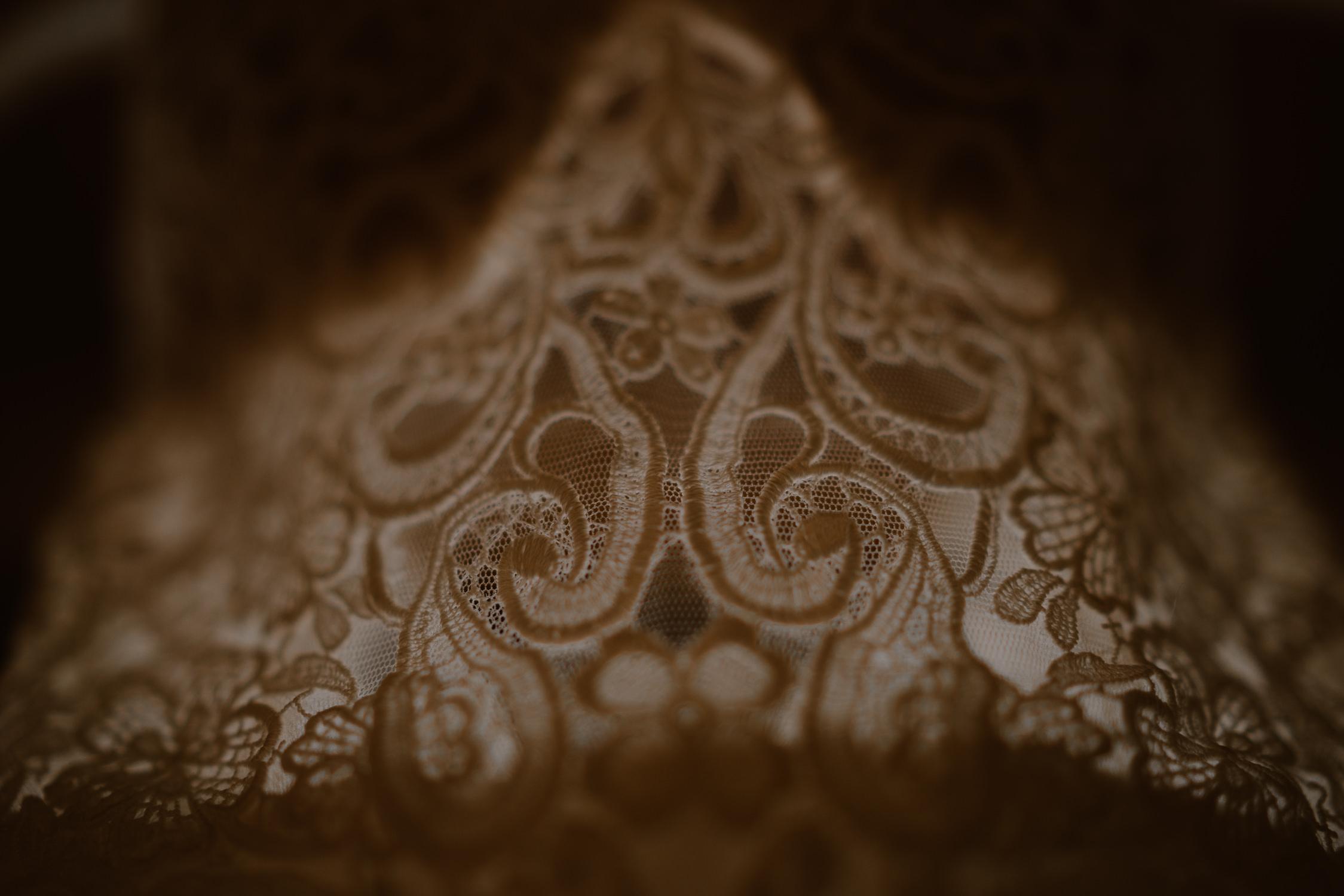 wedding dress details destination bruiloft fotograaf