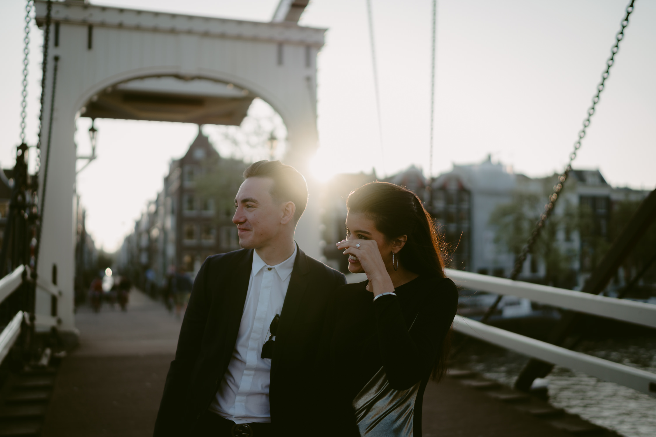couple getting engaged in amsterdam by merk hadden best wedding photographer