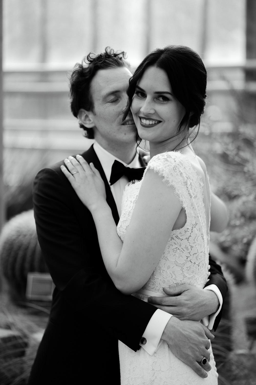 bruidsfotografie amsterdam married in the hortus botannicus