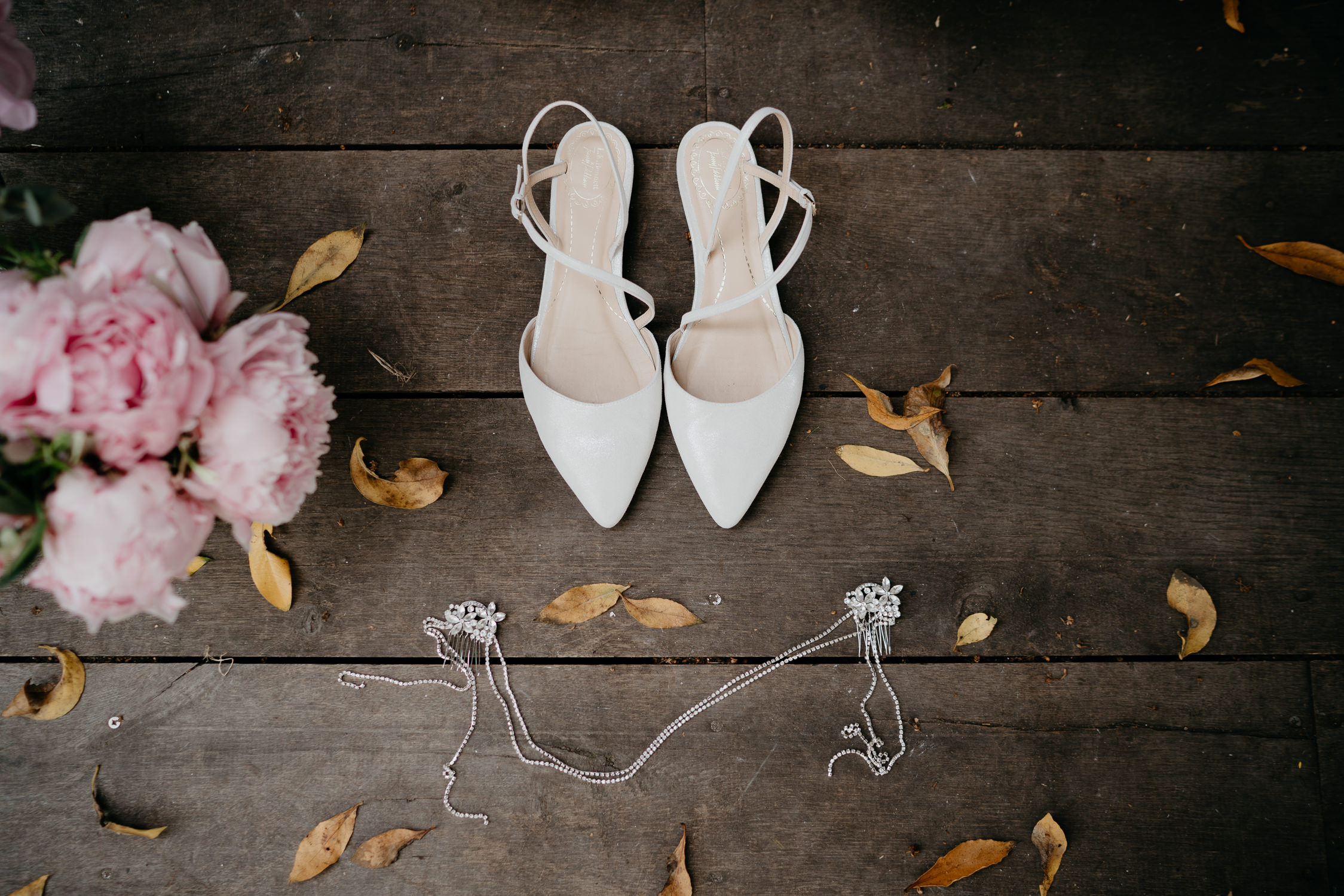 wedding photography amsterdam shoes and flowers