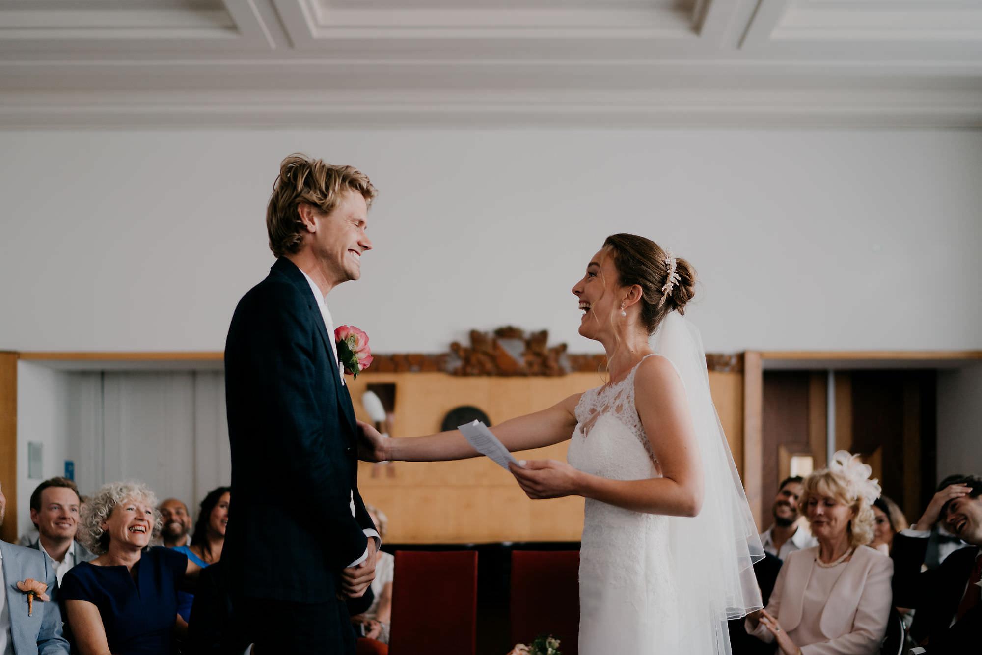 Fotografie bruid en bruidegom Trouwplechtigheid fotograaf mark Hadden