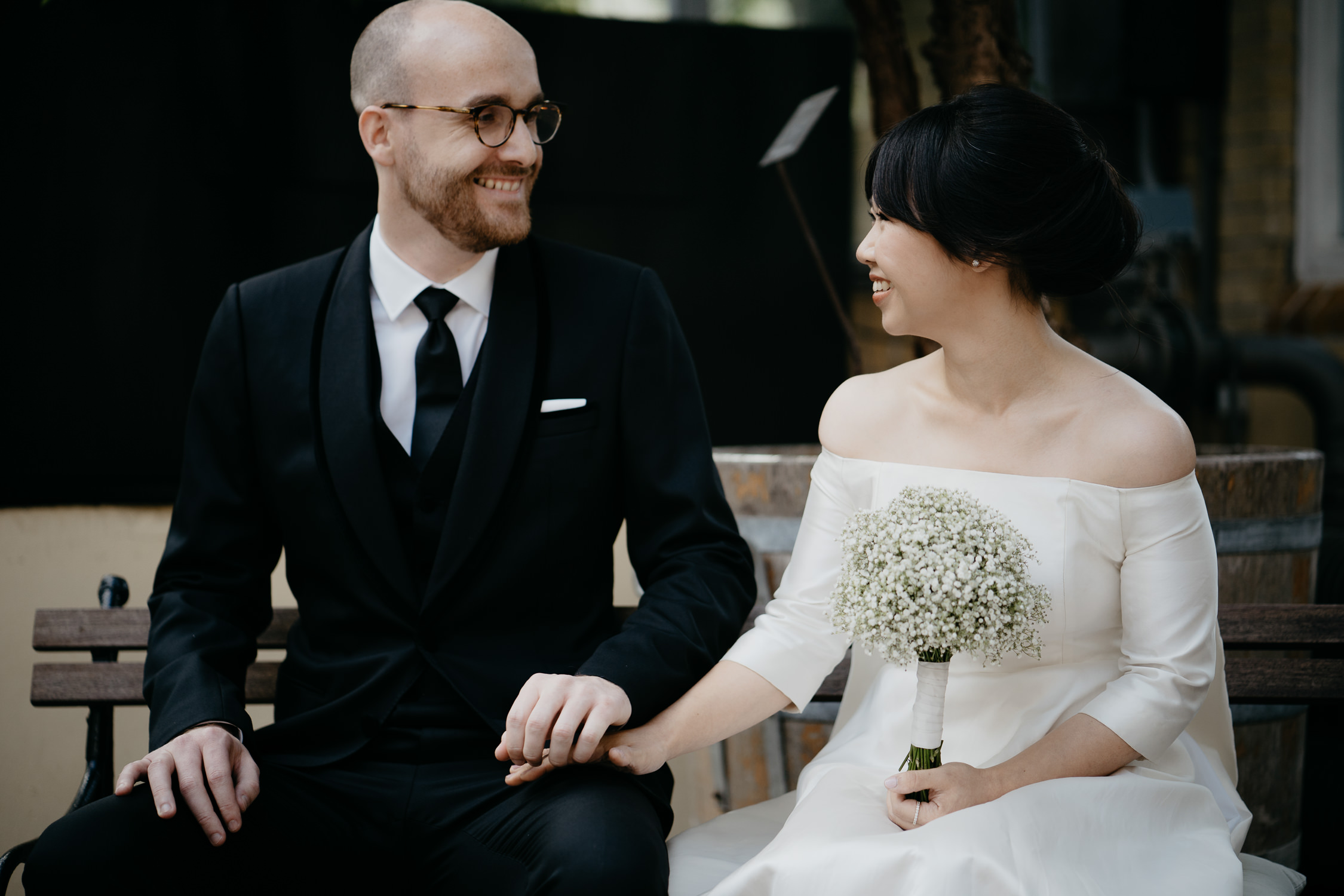 couple  getting married at hortus botanicus amsterdam photography by mark hadden