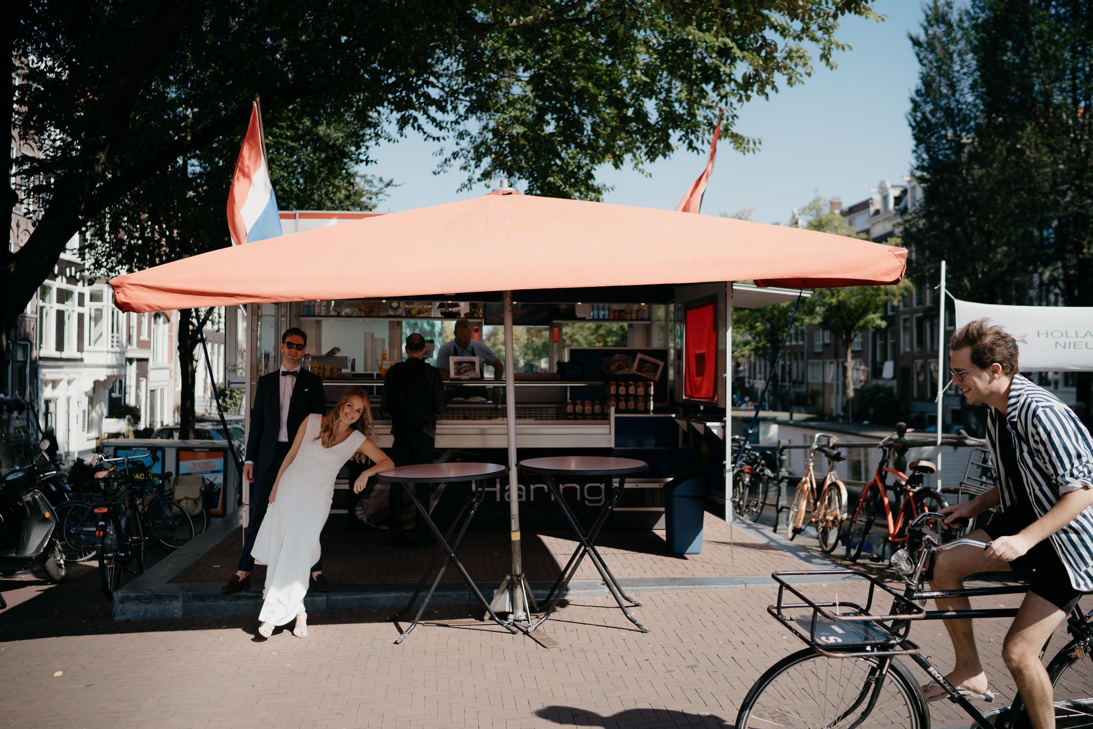 leuke creatieve trouw foto's gemaakt door trouwfotograaf mark hadden in amsterdam