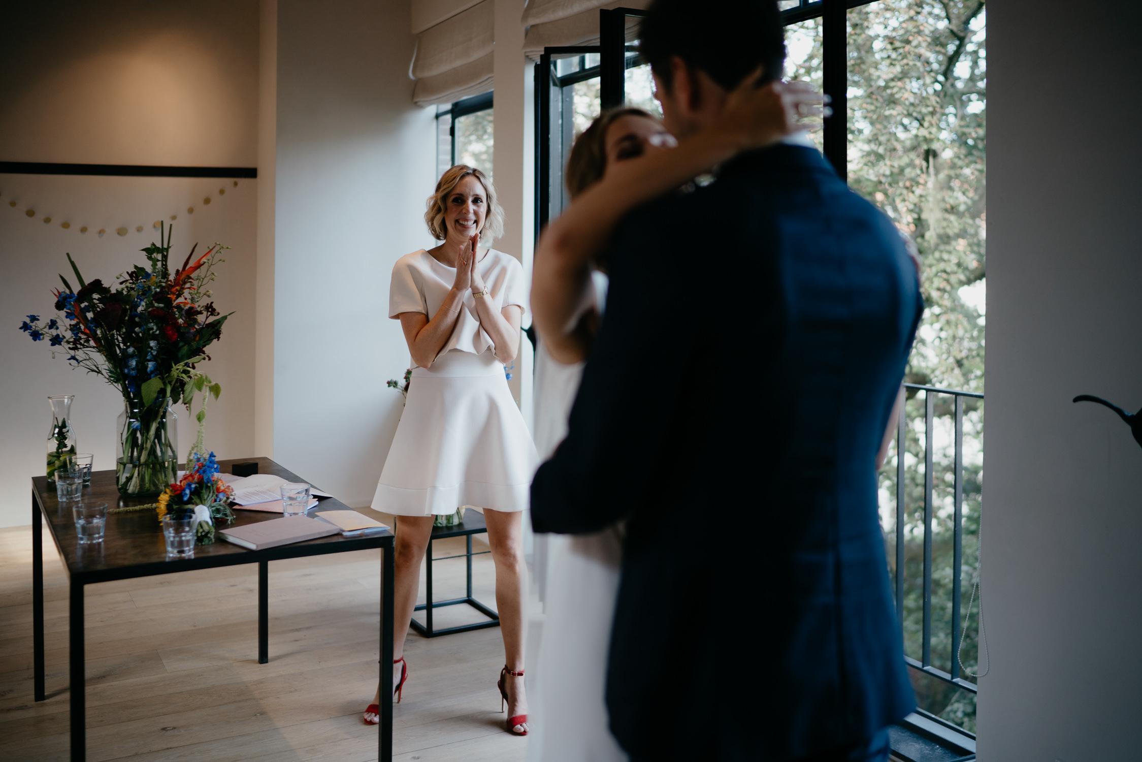 first kiss wedding photography moments photographer mark hadden amsterdam