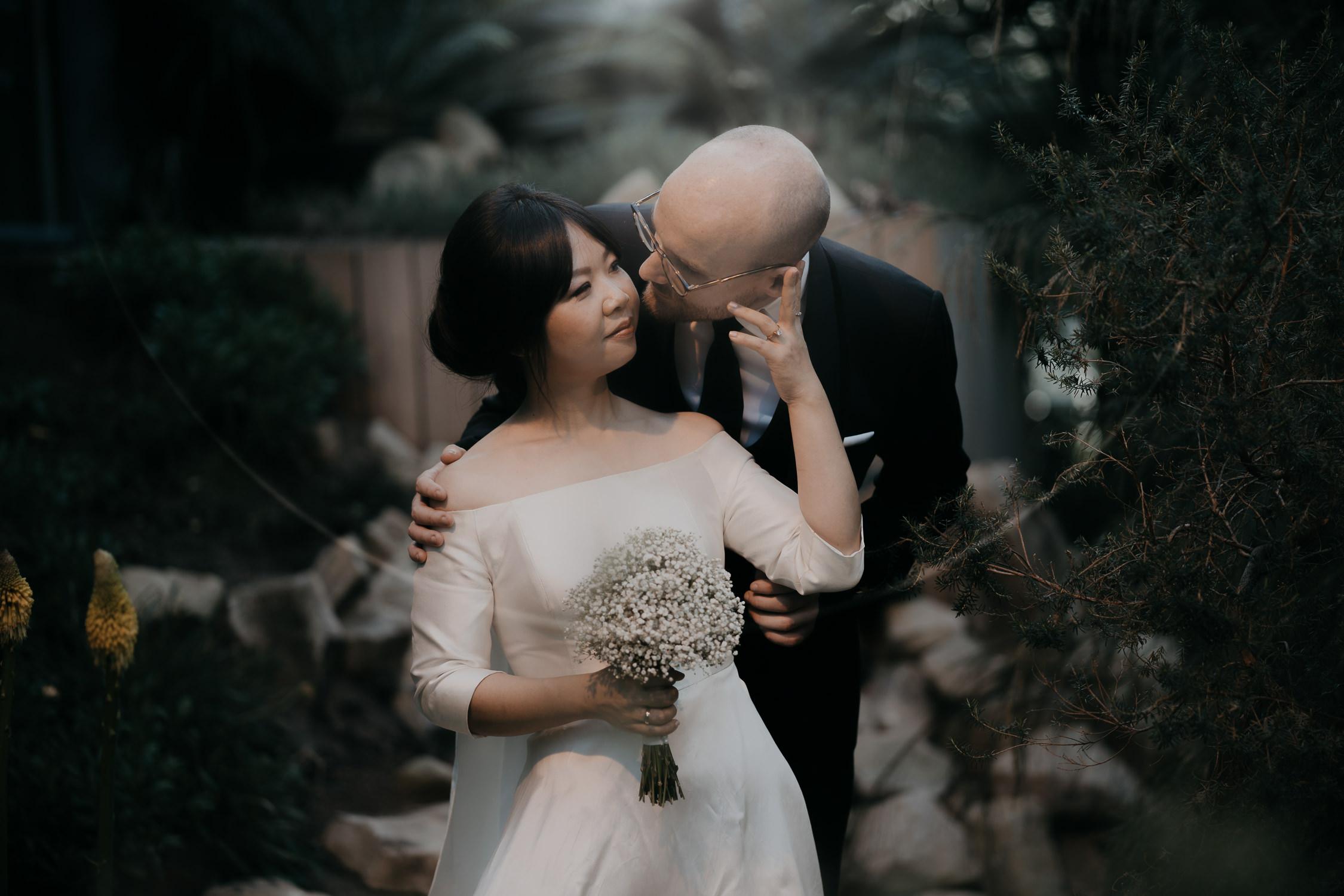 bruidsfotograaf amsterdam hortus botanicus huwelijk