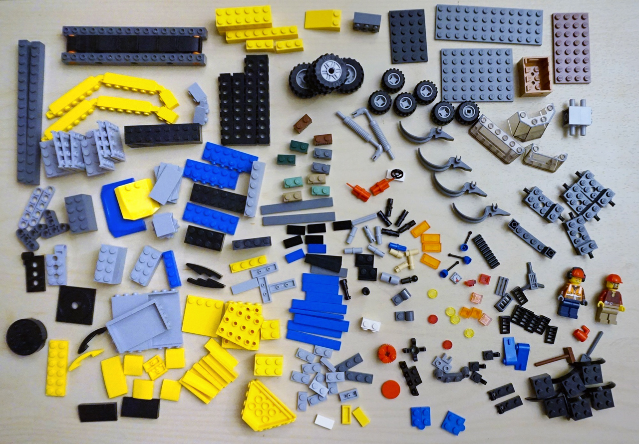 LEGO_set_60075_Excavator-and-Truck_parts-inventory-elements.jpg