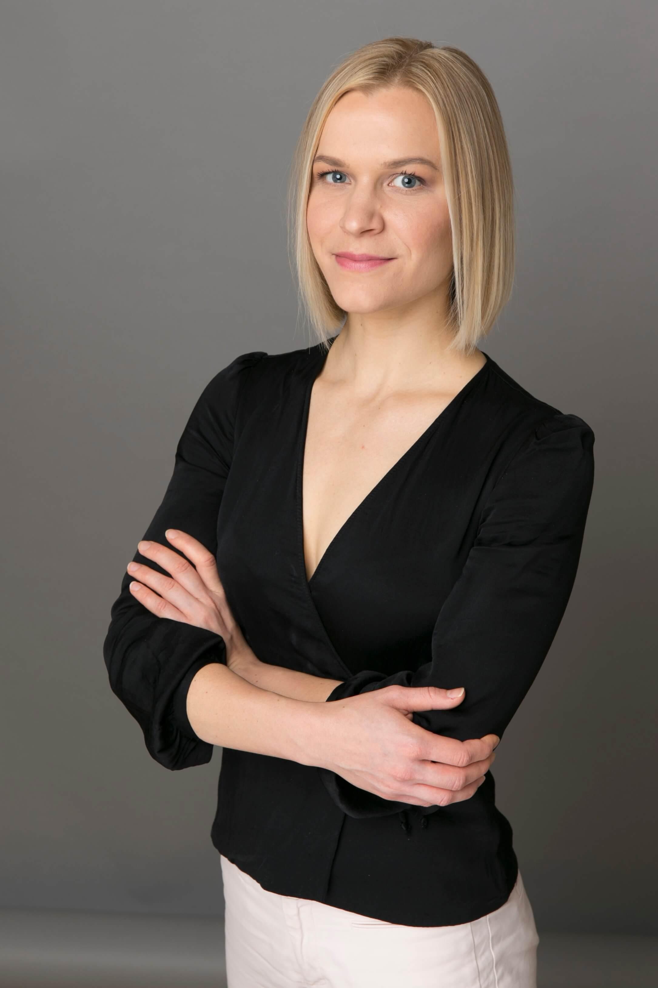 Pásztor Melinda Anna    - alelnök   Digital IT Innovation Manager  The HEINEKEN Company