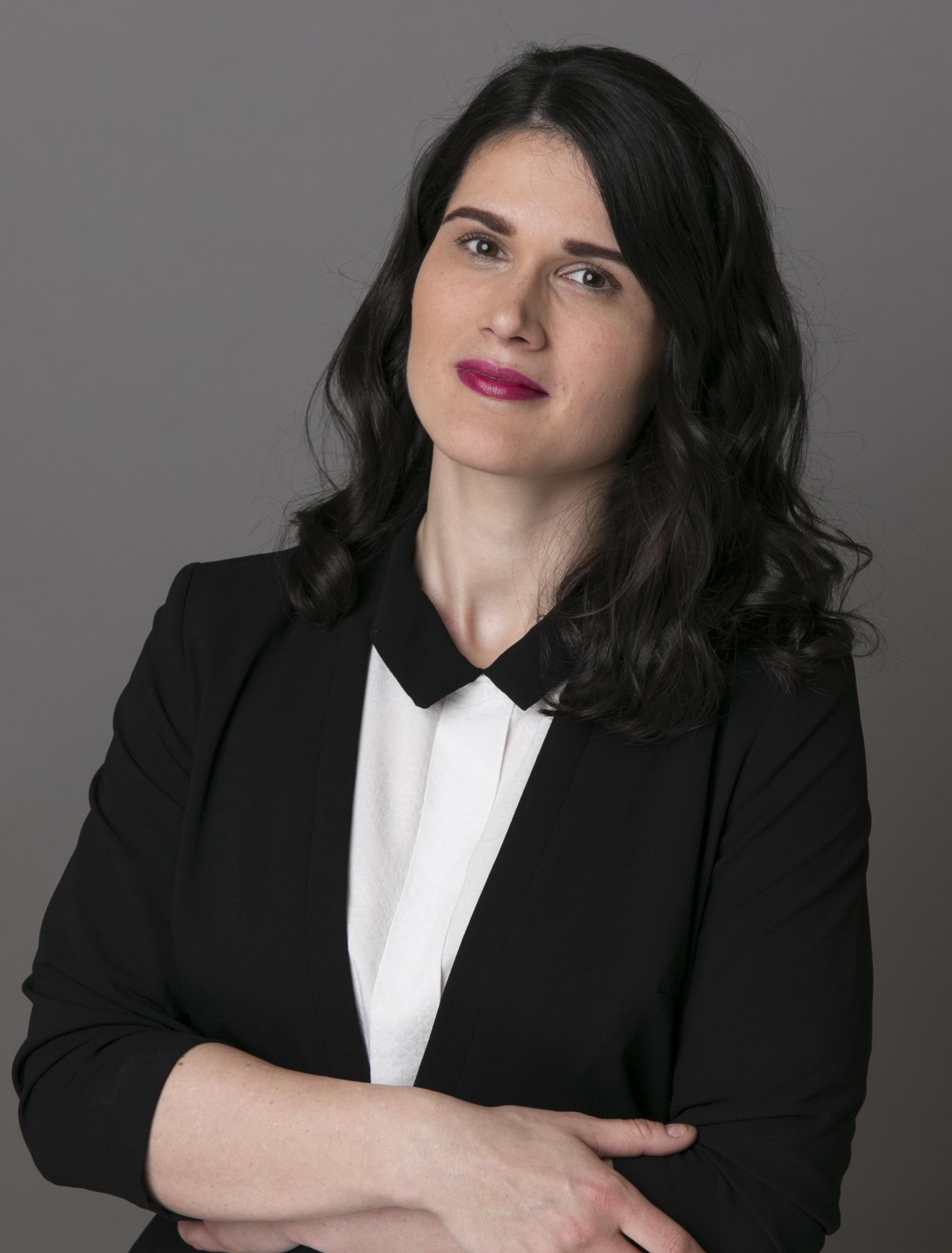 Sinka Zsófia   Korean Translator & Interpreter freelance