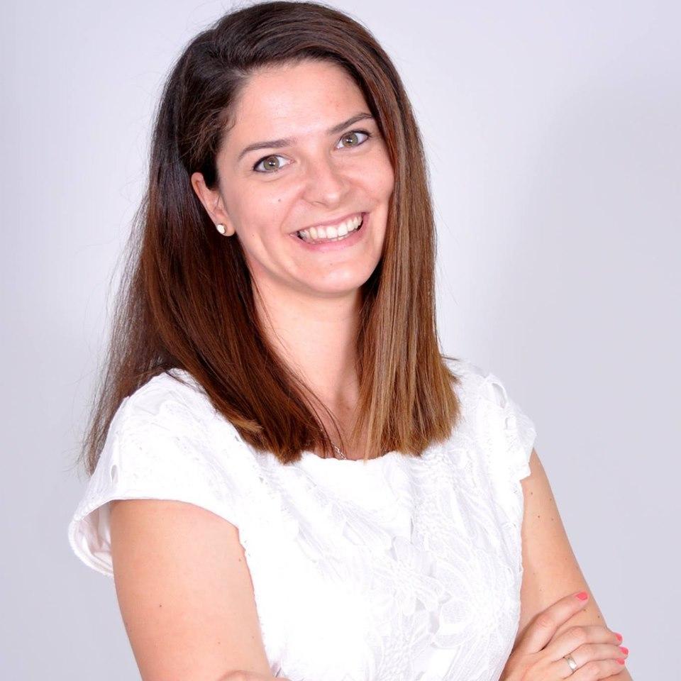 Dózsa Éva Anna   Junior HR Specialist GUESS?