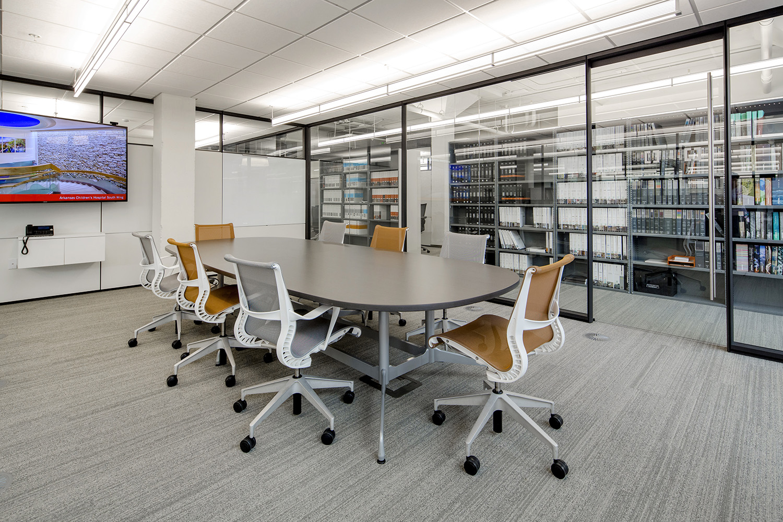 architectural-design-interiors-orange-black-cromwell-little-rock-4.JPG
