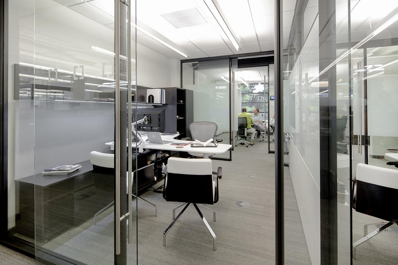 architectural-design-interiors-orange-black-cromwell-little-rock-9.JPG