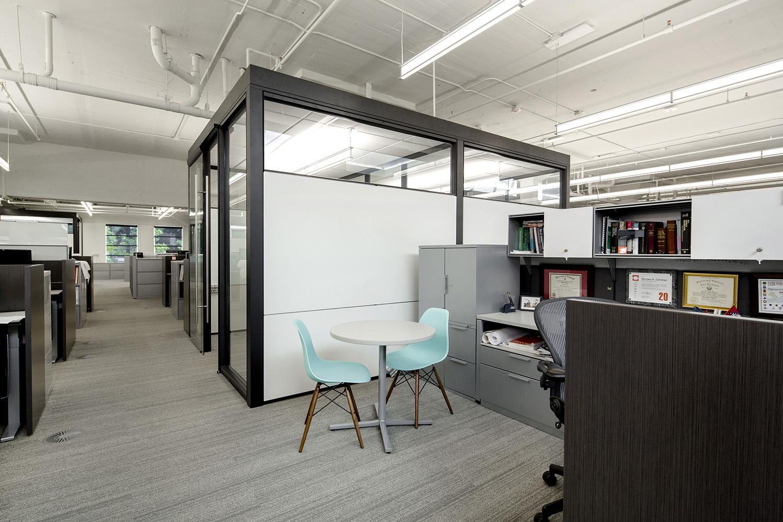 architectural-design-interiors-orange-black-cromwell-little-rock-10.JPG