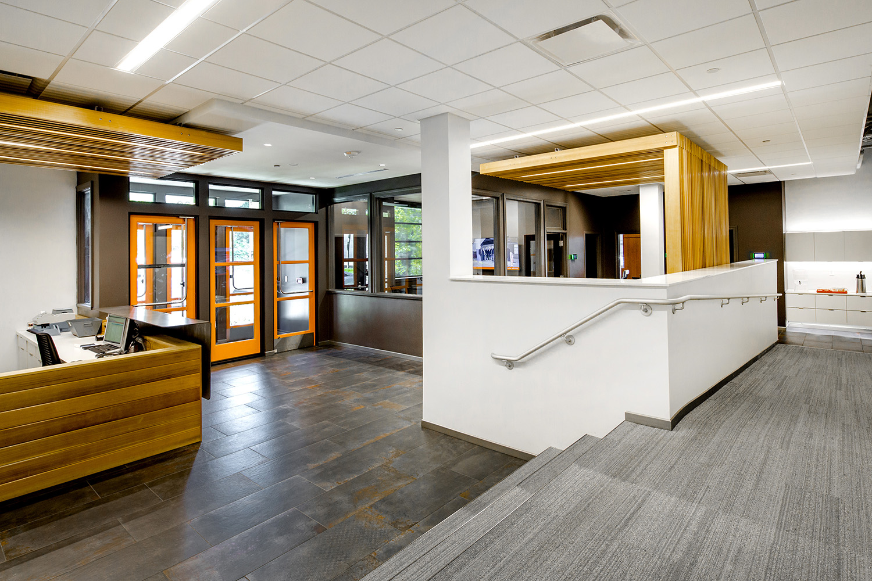architectural-design-interiors-orange-black-cromwell-little-rock-15.JPG