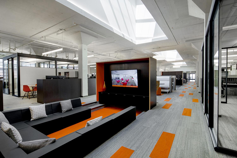 architectural-design-interiors-orange-black-cromwell-little-rock-14.JPG