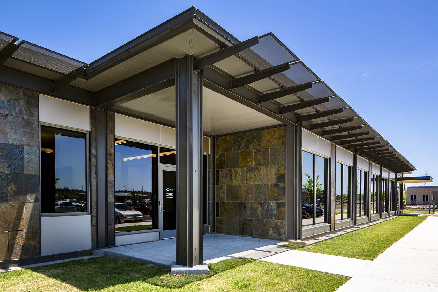 architectural-commercial-exteriors-coulson-oil6.JPG