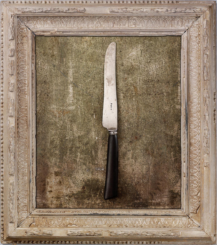 #01_ParisKnife