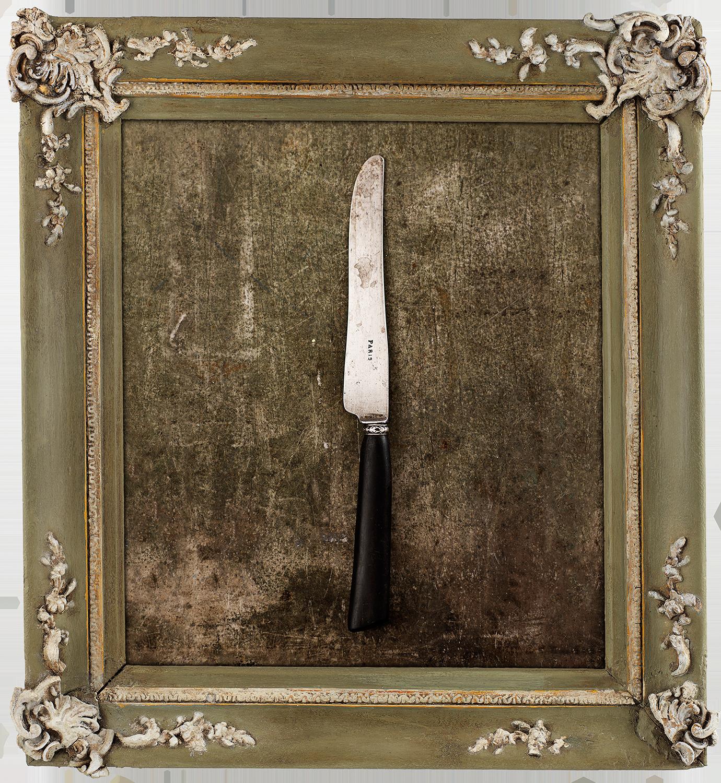 #42_ParisKnife