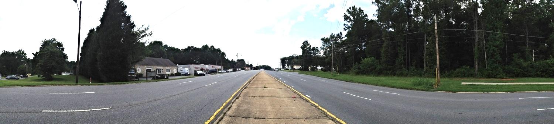 Wilkinson Boulevard at Gaston College, looking west